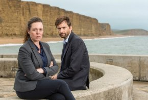 ITVBROADCHURCH SERIES 3Pictured :OLIVIA COLMAN as DS Ellie Miller and DAVID TENNANT as DI Alec Hardy.This photograph is (C) ITV Plc and can only be reproduced for editorial purposes directly in connection with the programme or event mentioned above. Once made available by ITV plc Picture Desk, this photograph can be reproduced once only up until the transmission [TX] date and no reproduction fee will be charged. Any subsequent usage may incur a fee. This photograph must not be manipulated [excluding basic cropping] in a manner which alters the visual appearance of the person photographed deemed detrimental or inappropriate by ITV plc Picture Desk.  This photograph must not be syndicated to any other company, publication or website, or permanently archived, without the express written permission of ITV Plc Picture Desk. Full Terms and conditions are available on the website www.itvpictures.comFor further information please contact:Patrick.smith@itv.com 0207 1573044